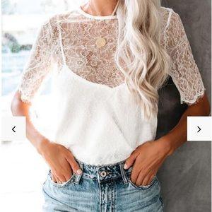 Vici lace blouse